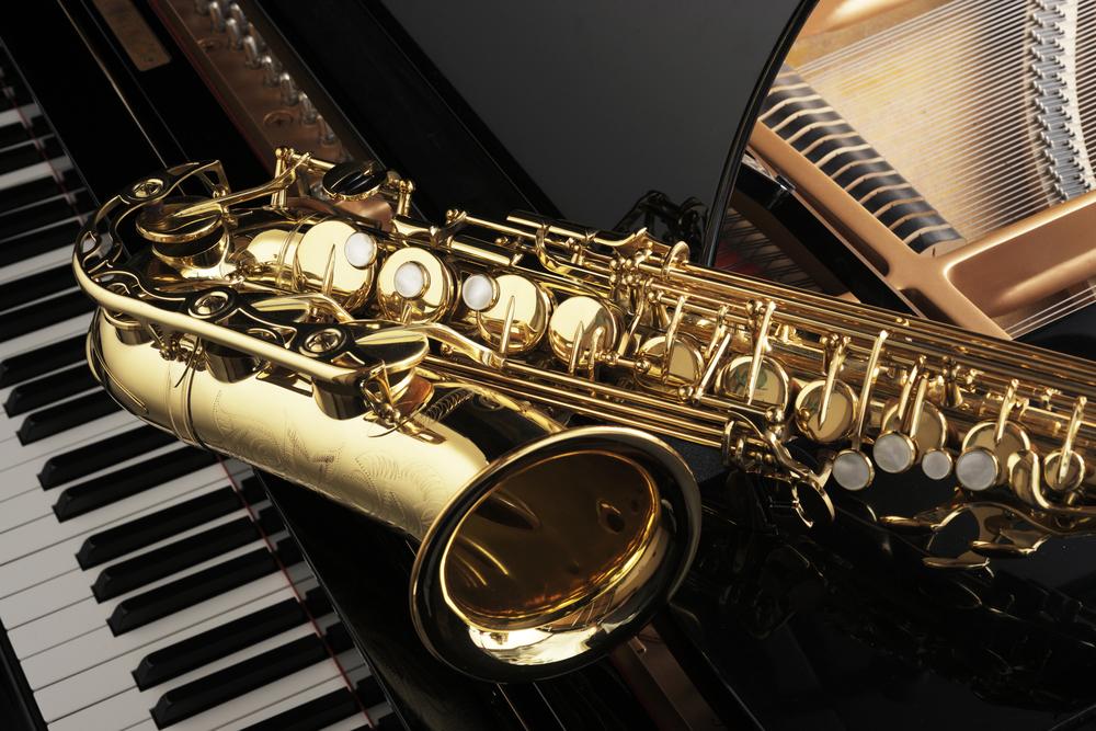 alto saxophone on piano