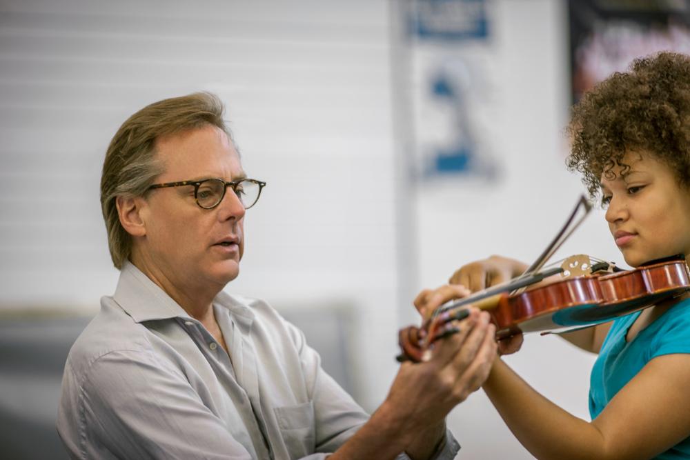 beginner violin lesson