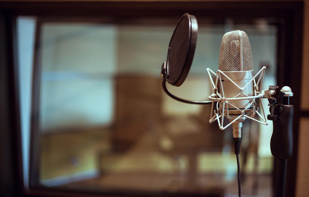 condenser mic with pop filter