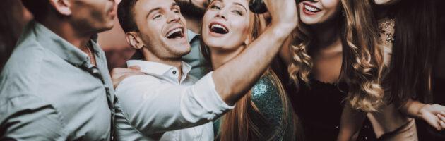 Sing It Loud: The Best Karaoke Microphones 2021