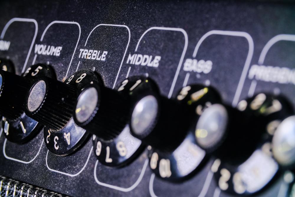 treble knob on sound mixer